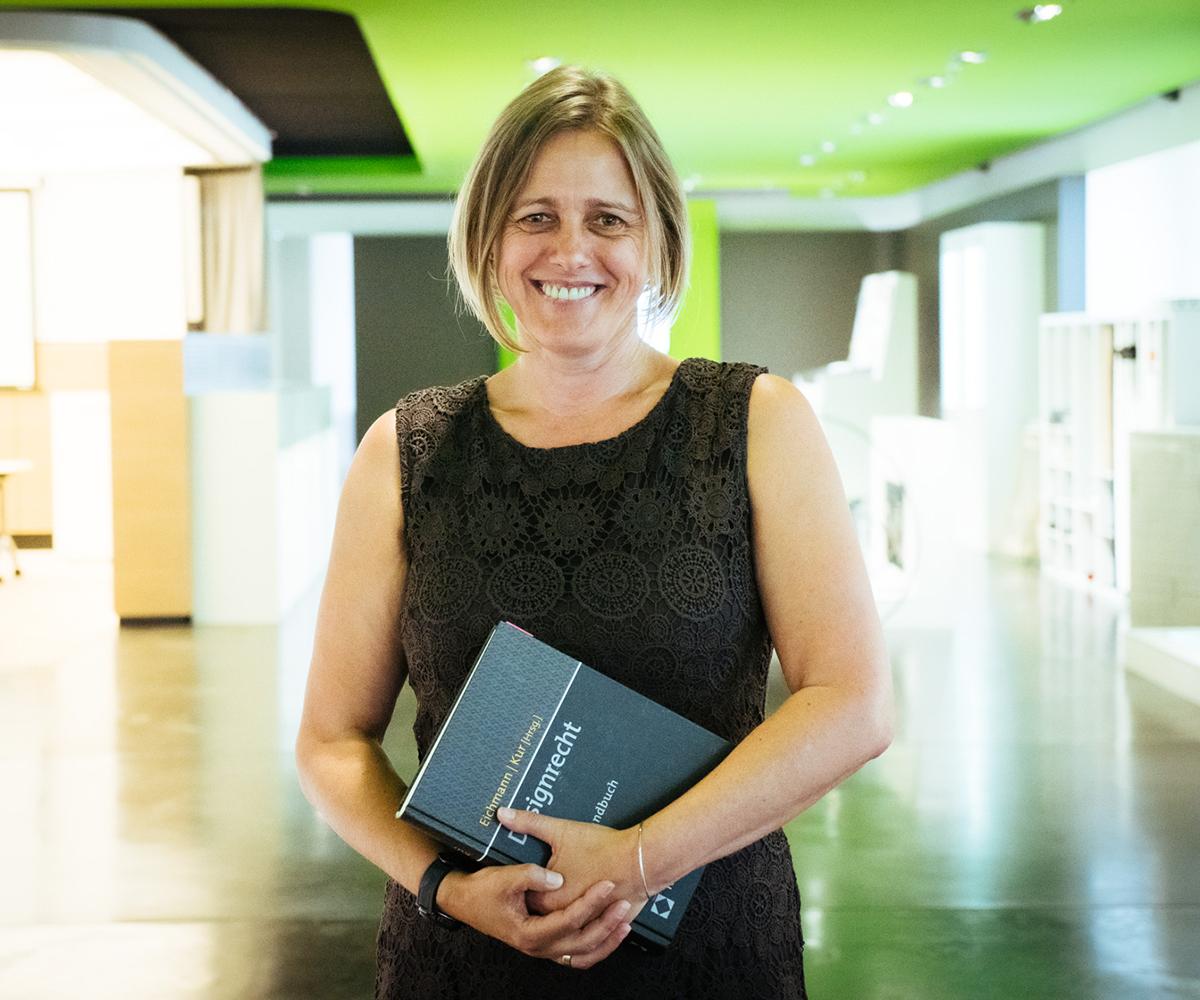 Johanna Winter-Robl, Patentreferentin bei Kermi im Interview über die Herausforderungen ihres Arbeitsalltages.